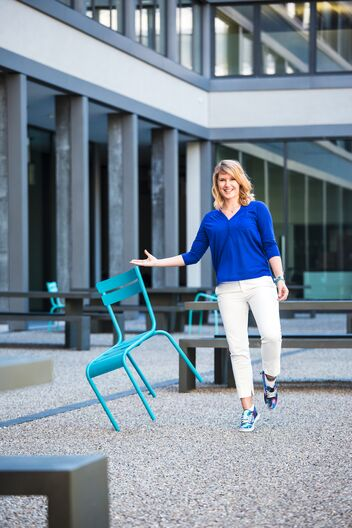 Julia Wunsch s'occupe de la présence d'AXA dans les médias sociaux